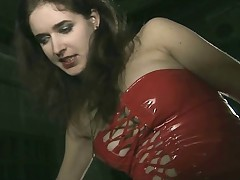Welcome to the thrilling world of femdome porn. Meet the best Mistress Iolanda..