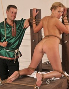 Bound naked to the punishment, pic #1